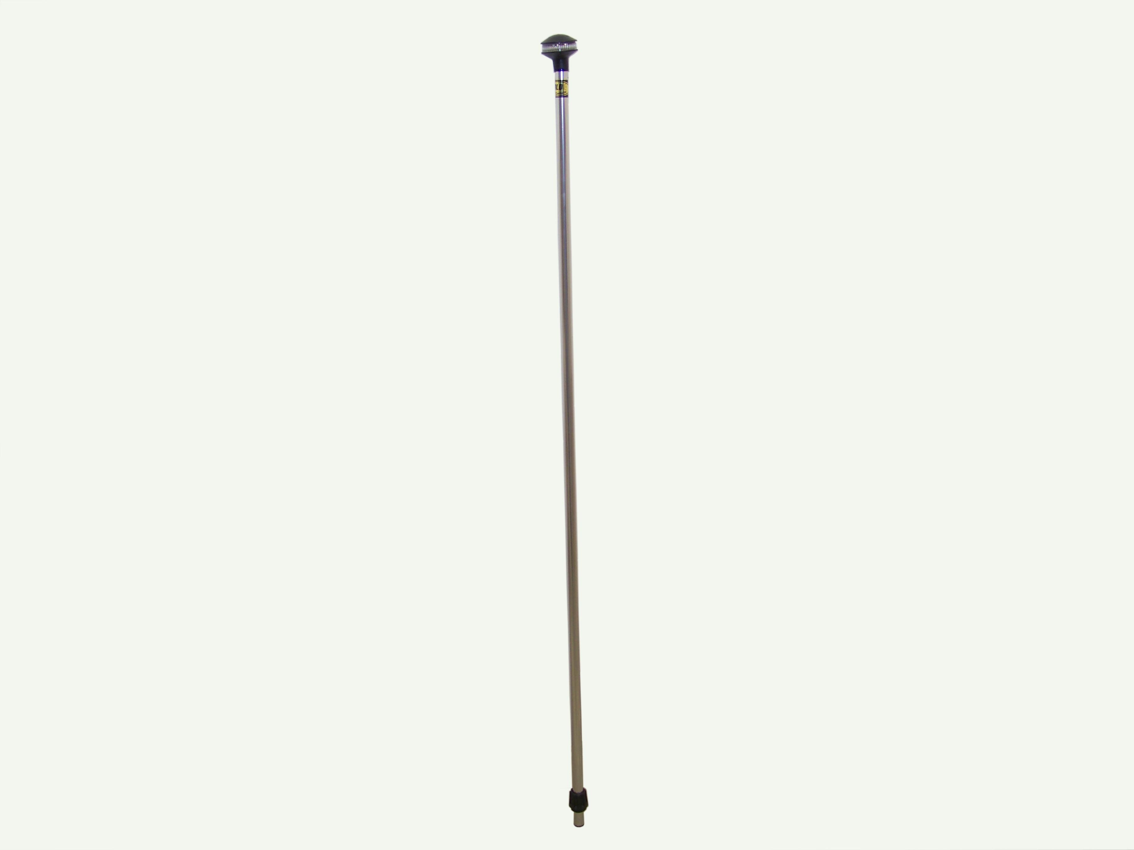 Tall Runabout-Cruiser Stern Light